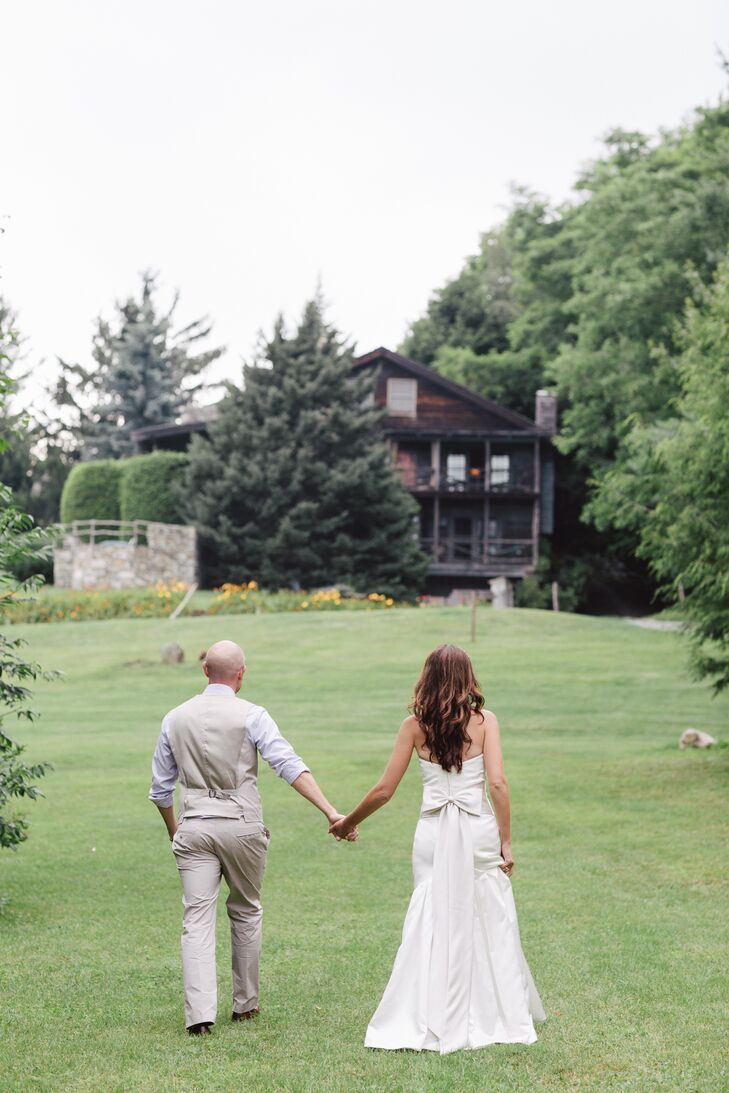 Immediately following the intimate ceremony, everyone enjoyed a mountainside champagne toast.