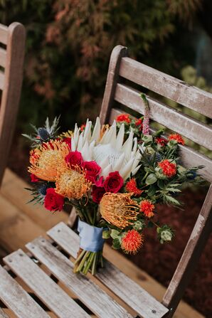 Modern Bouquet with Orange Pinchshion Proteas and Red Roses
