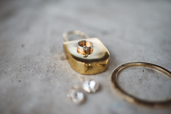 The couple incorporated different metals into their custom rings.