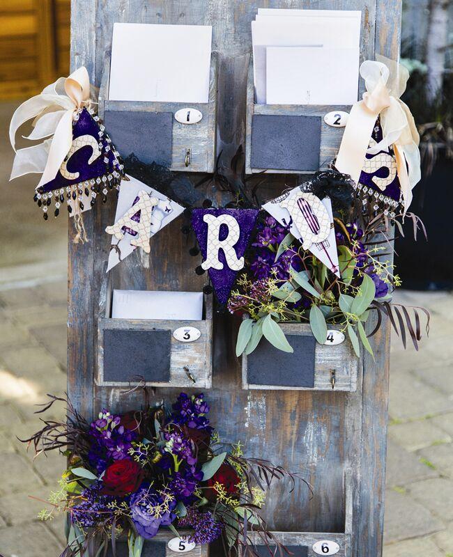 shelf wedding card holder