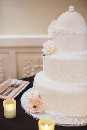 Birdcage-Inspired Wedding Cake