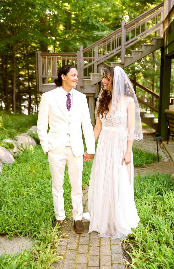 If you asked Sarah Yost (33 and a graphic designer) and Luis Chen (35 and a community outreach manager) how they would describe their wedding style, t