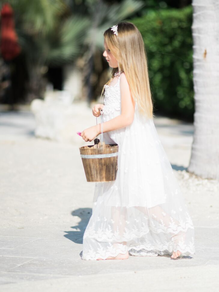 Details like a wooden bucket for the flower girl's petals emphasized the old Key West feel.
