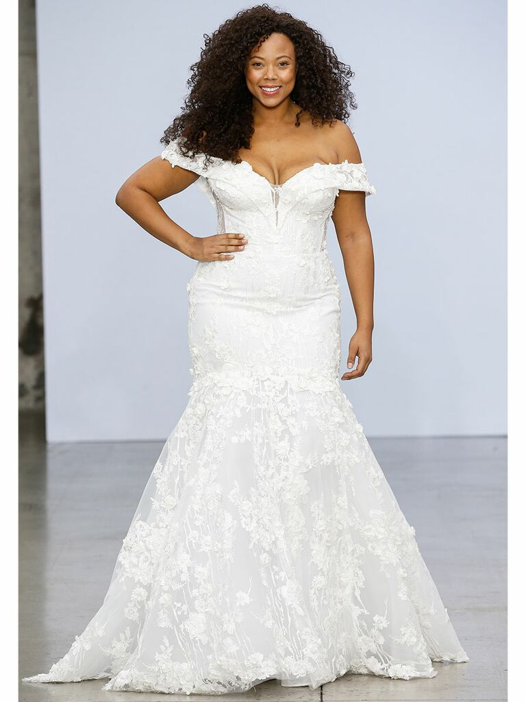 Pnina Tournai wedding dress off-the-shoulder lace mermaid gown