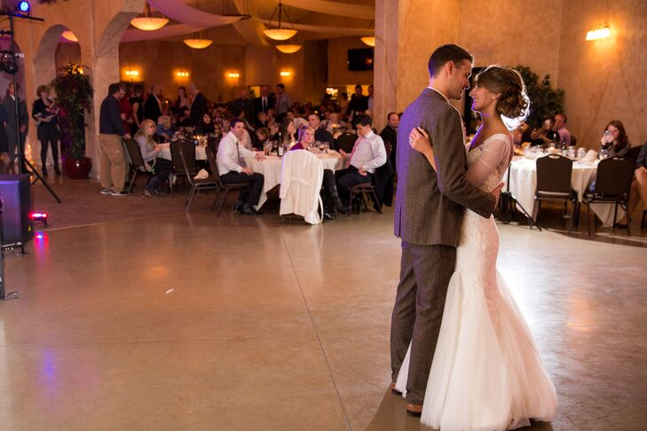 Lauren and Craig's First Dance at the Villa Marie Winery