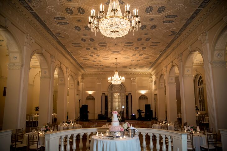 The Biltmore Ballrooms was an elegant, classic venue to showcase Kelly's Southern heritage. The chandeliers, banisters and high ceilings created an aura of timeless romance.