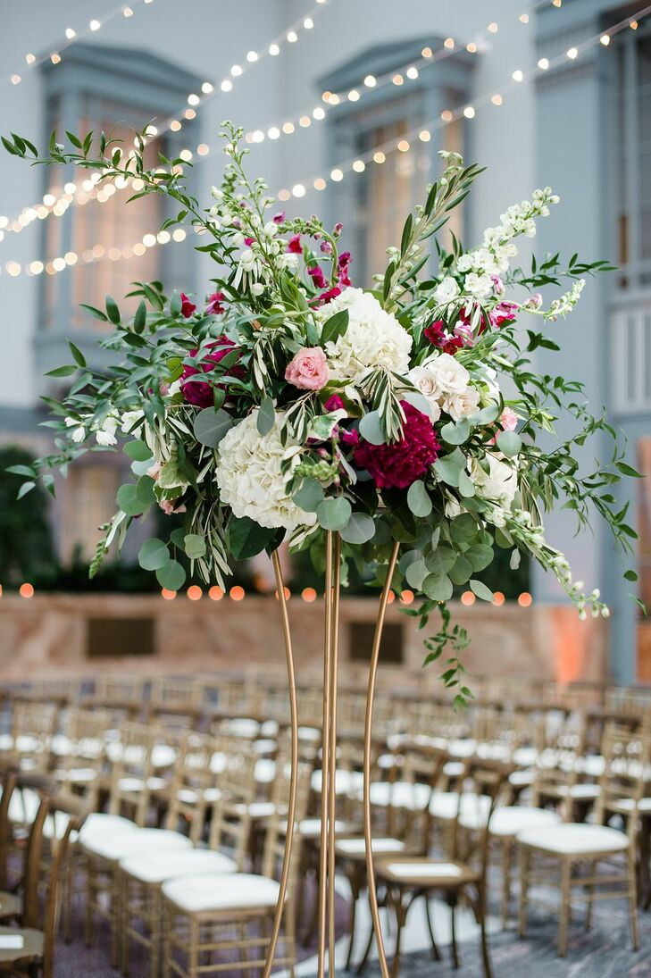 Classic Aisle Decoration with Hydrangeas and Leaves