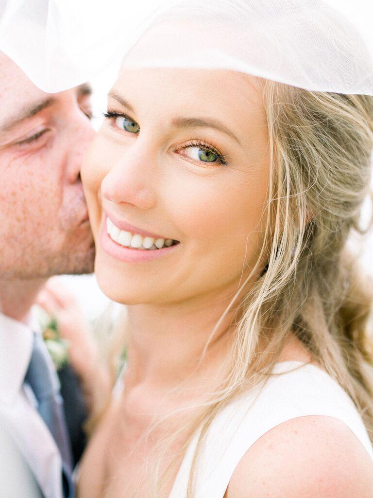 wedding eye makeup green eyes rose gold eyeshadow