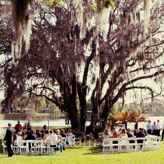 The couple was married on the lawn of Mennello Museum of American Art under a huge oak tree.