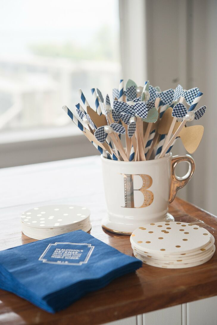 Bow Drink Stirrers with Personalized Navy Napkins