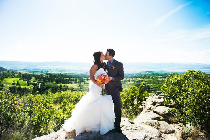 Cara Stengel (30 and a sales manager) and Josh Friedman (30 and a sales manager) met in high school. For their wedding, the couple chose Cielo at Cast