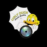 Paia, HI Photo Booth Rental | UGLY DUCK PHOTO BOOTHS