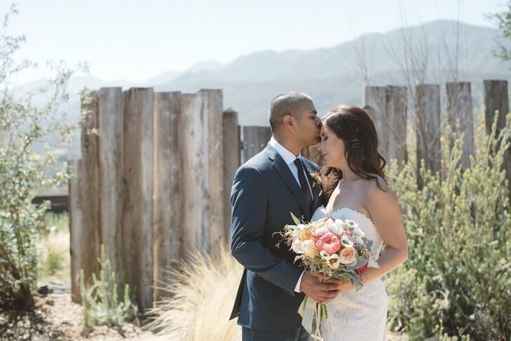 When Tracy Lindquist (37) wed her longtime partner, Michael Ontiveros (37 and in computer design), in an intimate ceremony at Red Tail Ranch in Ojai,