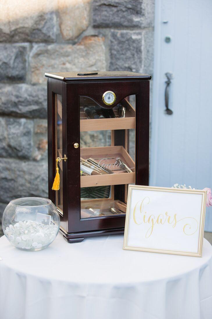 Hand-Rolled Cigar Bar