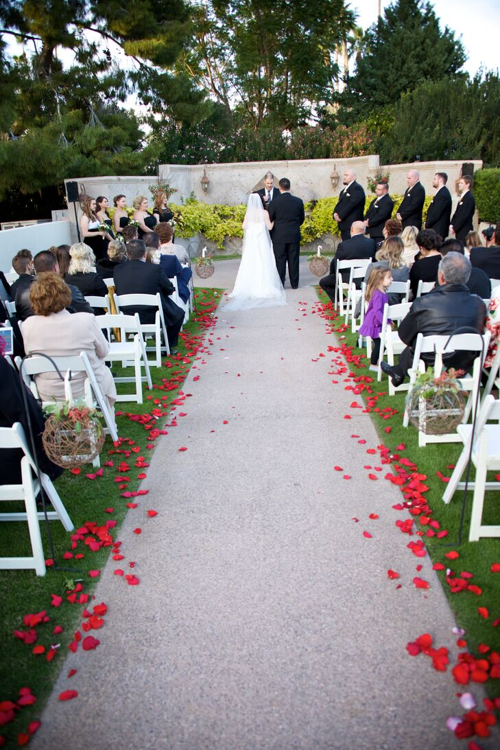 Holiday-Themed Wedding Ceremony at Arizona Golf Resort