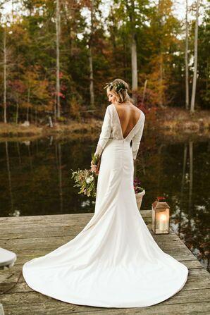 Long-Sleeved Wedding Dress with Deep-V Back
