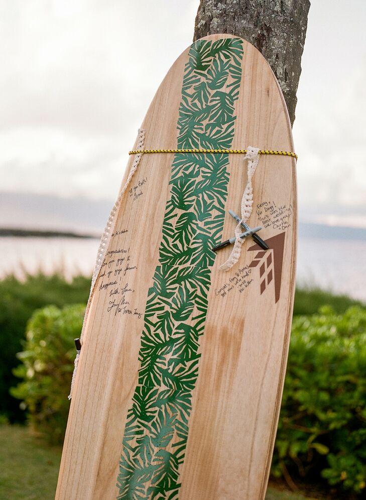 Surf Board Guest Book for Tropical Wedding in Kapalua, Hawaii