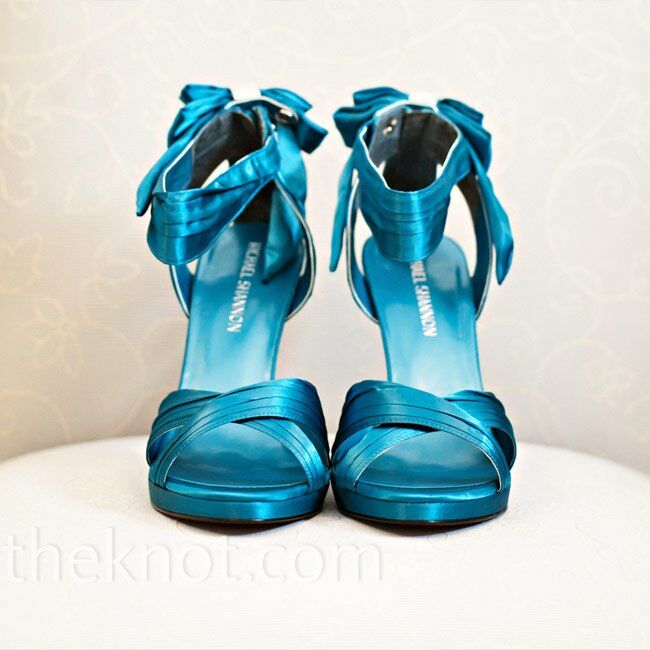 559bfdc7174 Months of searching paid off when Nicole found these teal strappy heels to  match the wedding