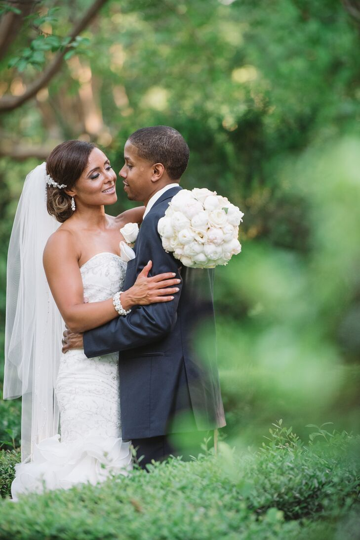 Nicole Smith (37 and works in public affairs) and Carlton Boyd (36 and a health care professional) said their vows on the manicured grounds of the Sou