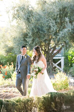 Bride and Groom Wedding Portraits in Saint Helena, California