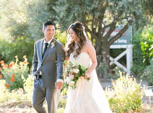 Roan and Walt wanted a wedding day that felt warm and romantic with an intimate yet relaxed vibe for guests. To achieve that vision, they settled on F