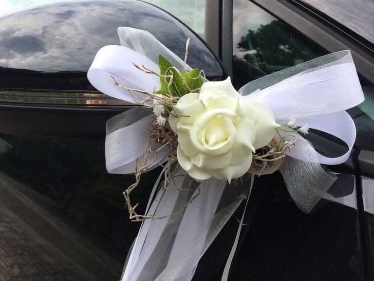 Elegant wing mirror wedding decoration