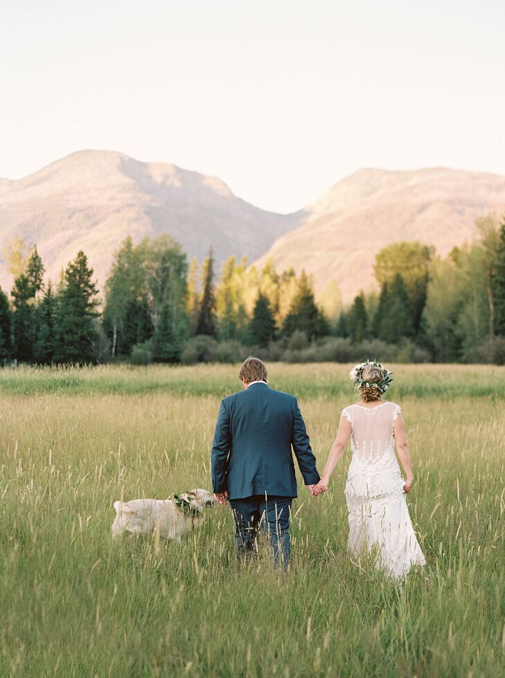 Jess and Jess were married in her family's backyard overlooking the mountains.