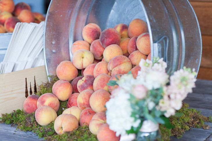 A Peach-Inspired Farm Wedding At The Walters Barn In Lula