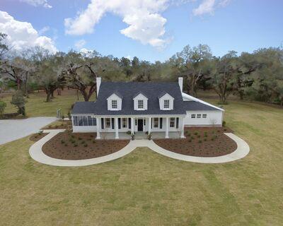 Oak Hill Estate