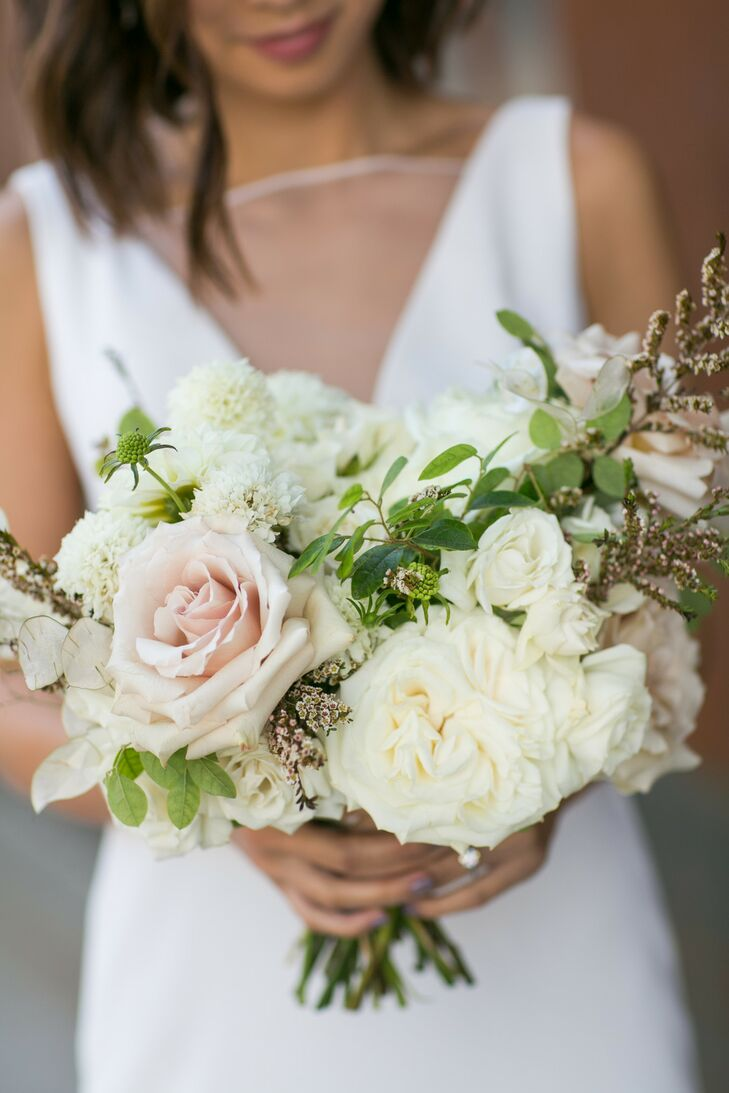 Classic Ivory and Blush Bouquet with Roses