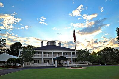 The Lakes Golf and Country Club