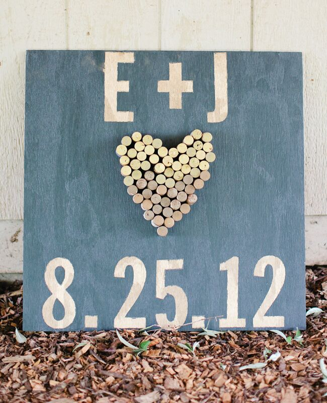 Cork Art Wedding: 11 Ways To Turn Wine Corks Into Wedding Decor