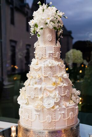 Glamorous Cake with Baroque Fondant Design