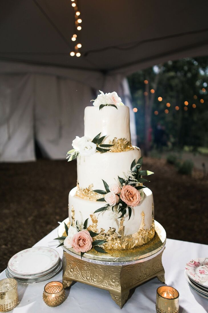 Romantic Cake for Wedding at Dunaway Gardens in Newnan, Georgia