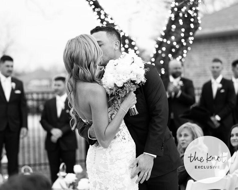 alex bregman wedding first kiss