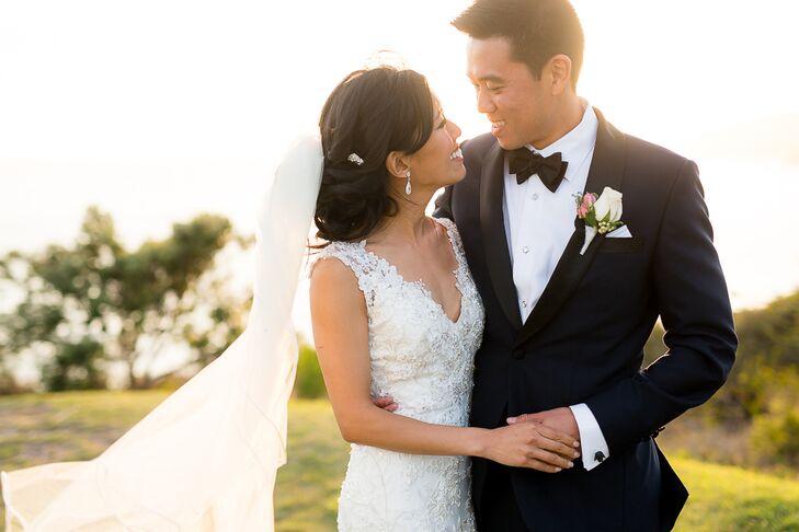 Sleeveless White Lace Allure Wedding Dress