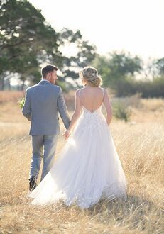 Essense of Australia D2580 A-Line Wedding Dress