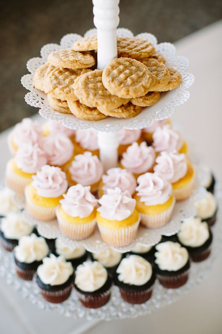 White Three-Tier Dessert Platter