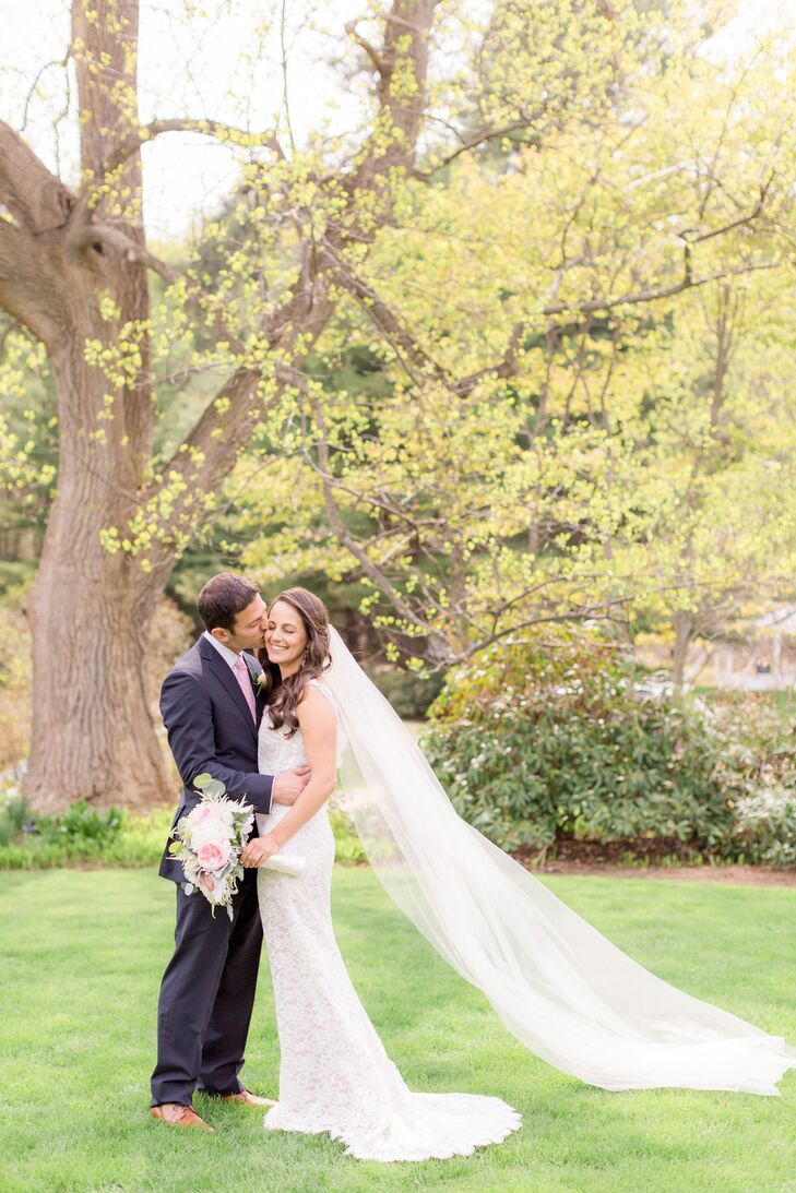 """Nicole and Jeremy chose their venue for its beautiful outdoor landscape. """"We both love being out in nature,"""" she says."""