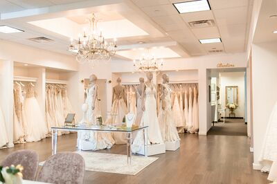 Bridal Salons In Phoenix Az The Knot