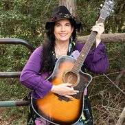 Houston, TX Acoustic Guitar | Suzanne's Band-Singer/Acoustic Guitar/Keys