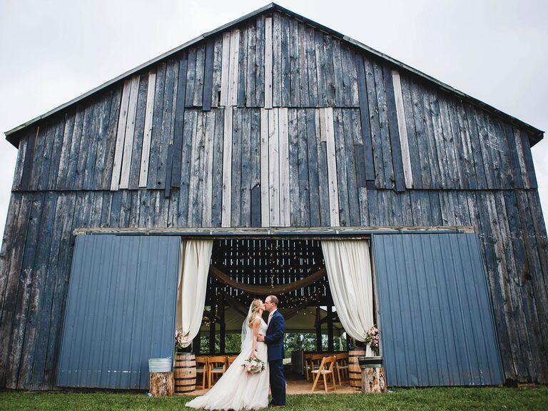 Walnut Way Farm Kentucky wedding venue