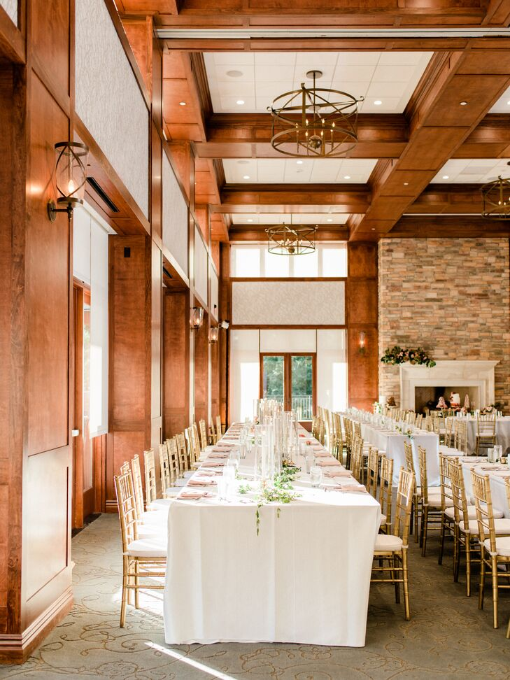 Elegant Reception with Neutral Colors and Wood Details