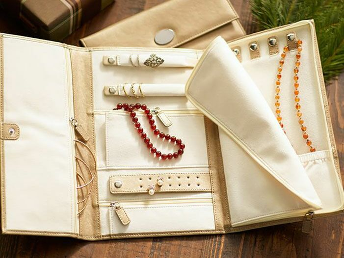 Travel jewelry case perfect for a honeymoon gift