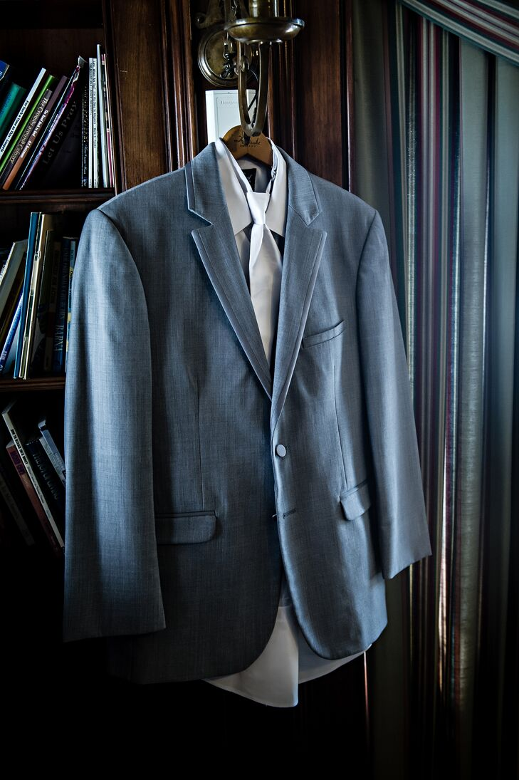Gray Groom's Suit and White Tie at Earhart Manor