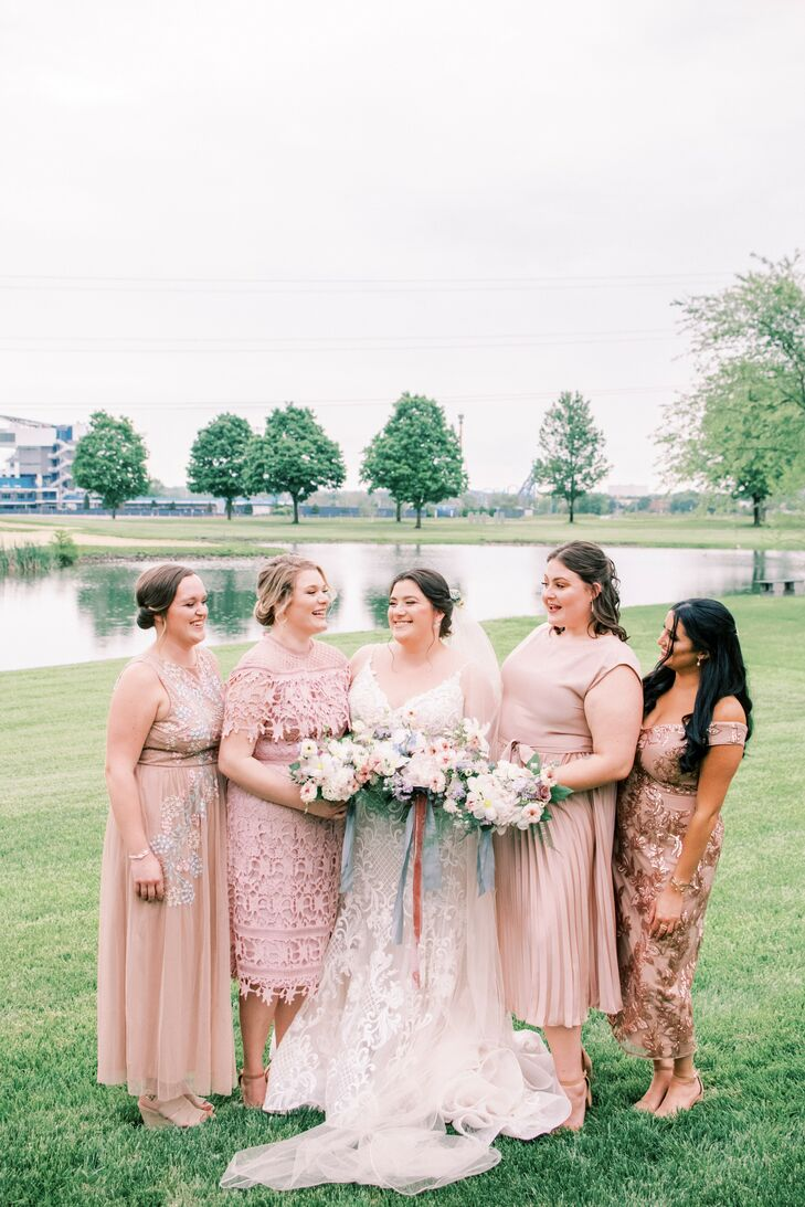 Bridal Party Portraits at Wedding in Cincinnati, Ohio
