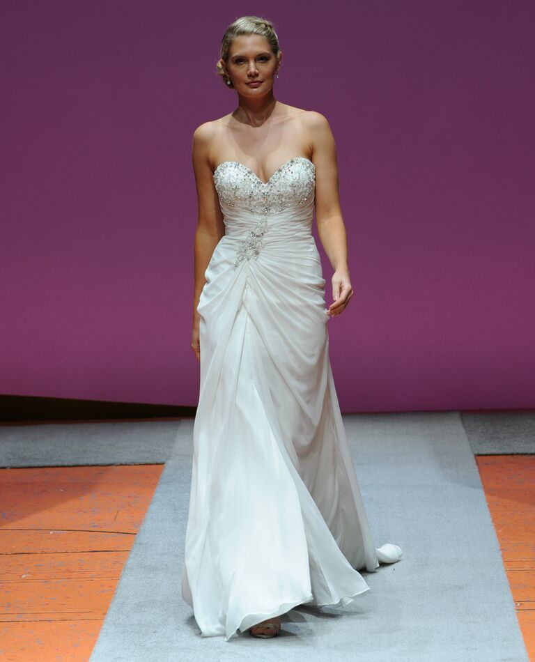 Alfred Angelo Fall 2016 Collection: Bridal Fashion Week Photos