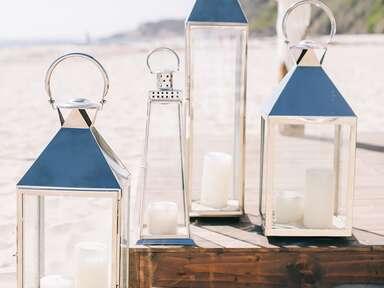 Beach-themed decorations lanterns for wedding reception