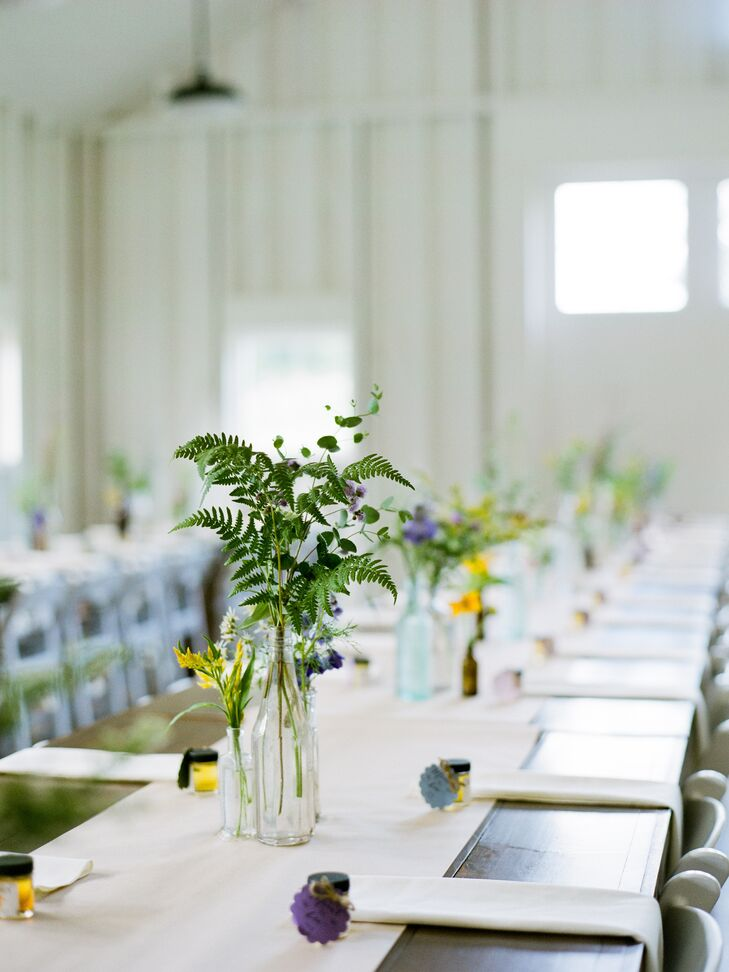 Simple Centerpieces of Glass Jars, Wildflowers and Greenery