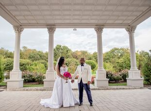 Daurisa Villanueva (44 and a makeup artist) and Fred Tessier's (36 and a marketing and advertising executive and entrepreneur) wedding theme was uncon